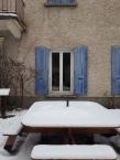 Table en bois - neige